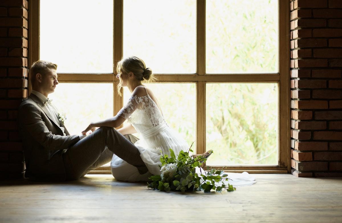 costume mariage gris